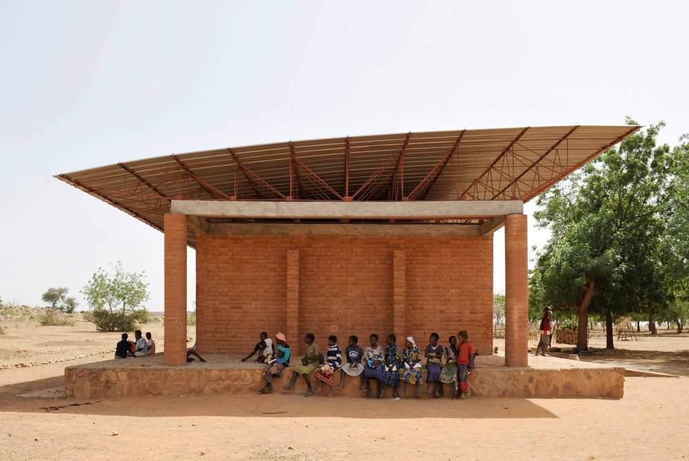 Gando-Primary-school_01