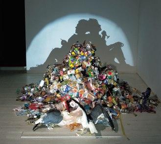«Dirty White Trash» , Tim Noble et Sue Webster, 1998